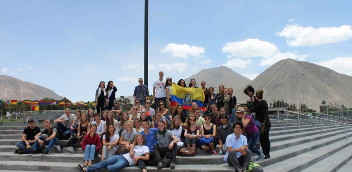 Ekvador, AUS.is